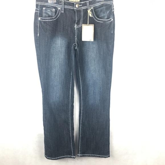 b7bc20d811a 🆕Earl Jeans women Bootcut. Size 6 petite